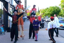 infocom organisation circus parade parade de noel parade de rue spectacle deambulatoire marchés de noel paca france marseille rennes lyons nice lille lyon